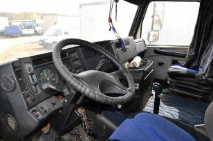 Седельный тягач DAF XF 105.460 6х2 Super Space Cab