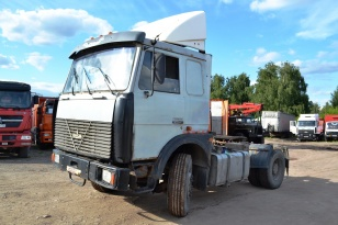 Седельный тягач МАЗ -543240. Год выпуска 2004.