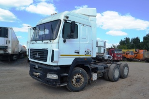 Седельный тягач МАЗ-6430В9. Год выпуска 2013.