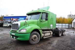 Седельный тягач Freightliner Columbia. Год выпуска 2004.